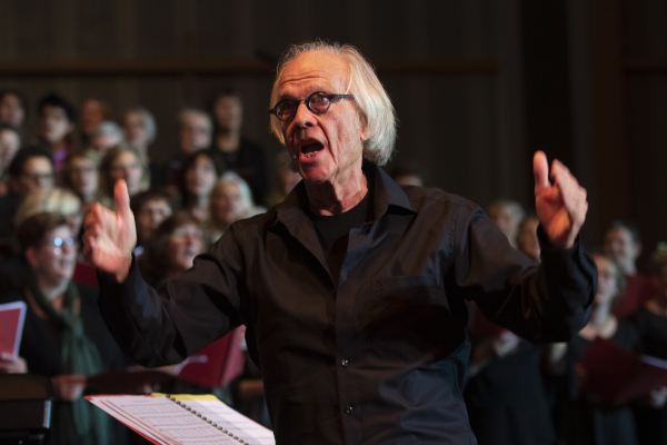 Dirigent John Verrijk Groot Heerenveens Kerstkoor 2019